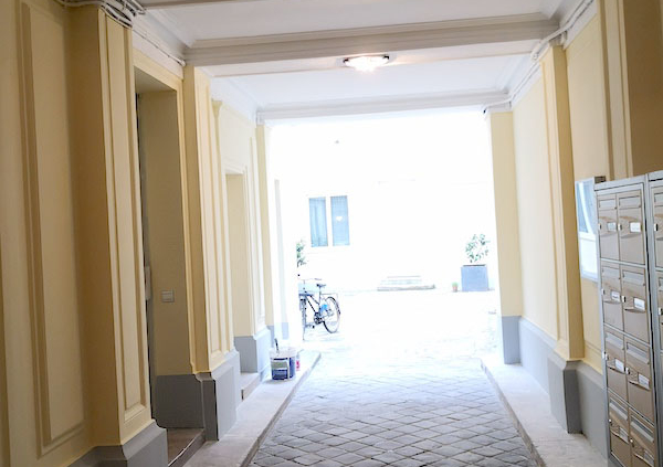 Rénovation peinture hall imeuble réfection porche Paris LEMAIRE PEINTURE RÉNOVATION